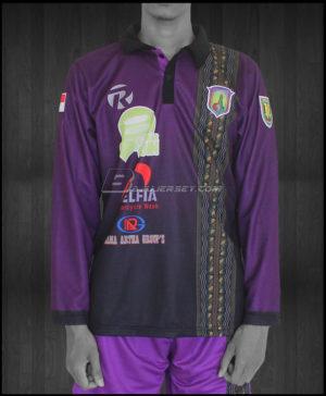 Jersey bola motif batik